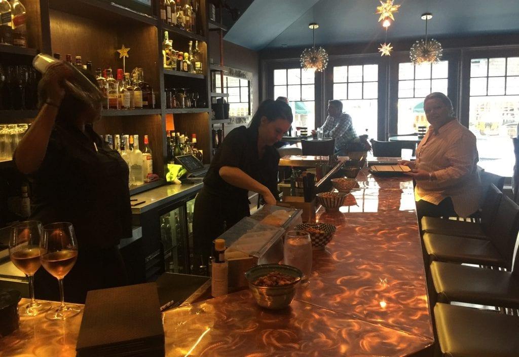 Martha's Vineyard Craft Cocktails Bar l'etoile Restaurant Edgartown Martha's Vineyard