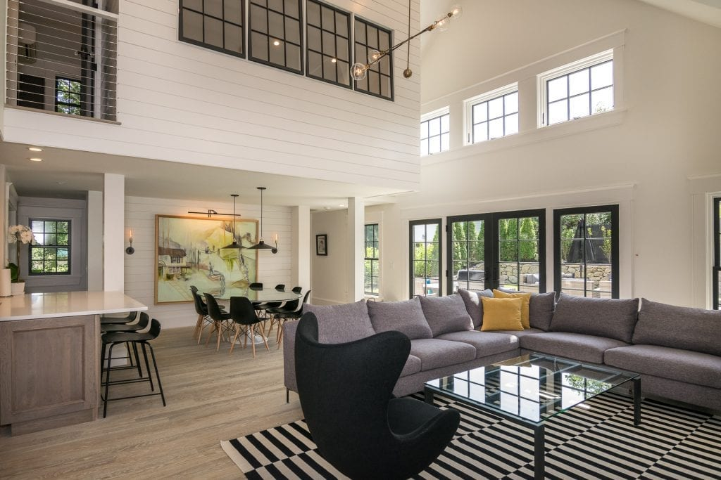 Top Home Design And Remodeling Trends For 2019: Martha's Vineyard Exclusive Rental Property Sleek Modern Colonial With Modern Design And Pool