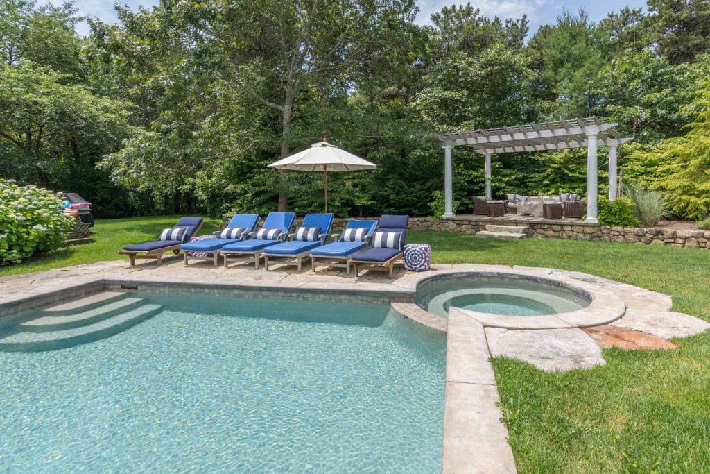 Martha's Vineyard Vacation Rentals With Ferry Tickets - Katama Compound With Pool, Hot Tub And Carriage House Details