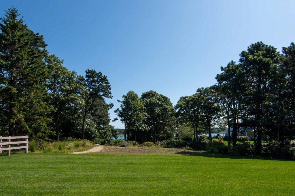 Martha's Vineyard Vacation Rentals Newly Listed Modern Farmhouse Has Path To Private Association Sandy Beach On Katama Bay Point B Realty Featured Rental