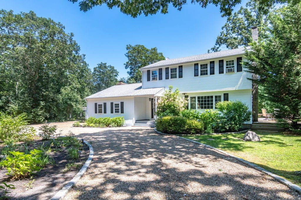 13 Briarwood Drive Edgartown MA 02539 Martha's Vineyard Home For Sale Point B Realty Exclusive Listing