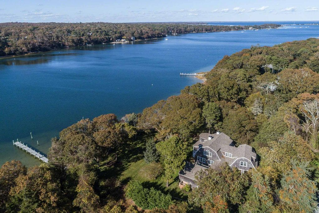 395 Barnes Road Oak Bluffs MA 02557 Martha's Vineyard Real Estate For Sale Point B Realty Exclusive Listing