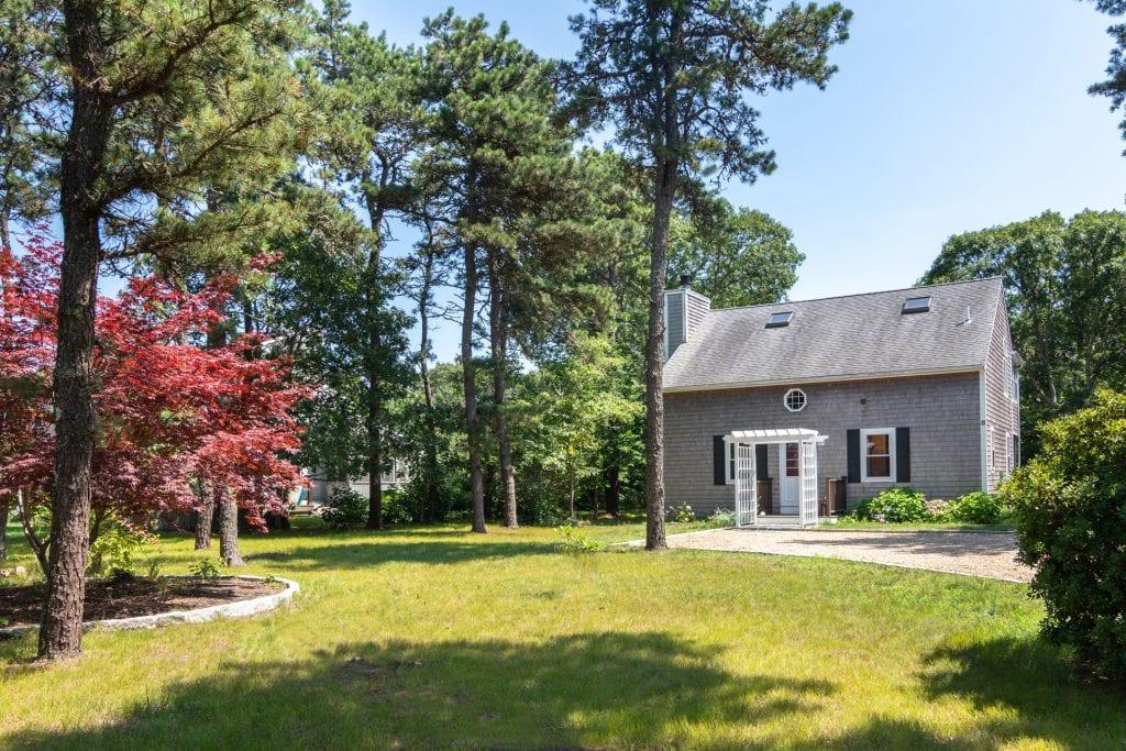 Martha's Vineyard Vacation Rentals Edgartown 4th of July Rental  Summer 2020 - Katama Retreat Point B Realty Exclusive Rental Listing