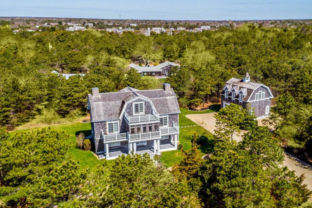 Point B Realty Debuts Virtual Home Buying Program And 360º Virtual Home Tours On Martha's Vineyard 8 Beach Plum Meadows Edgartown MA 02539 360 Degree Virtual TourVirtual