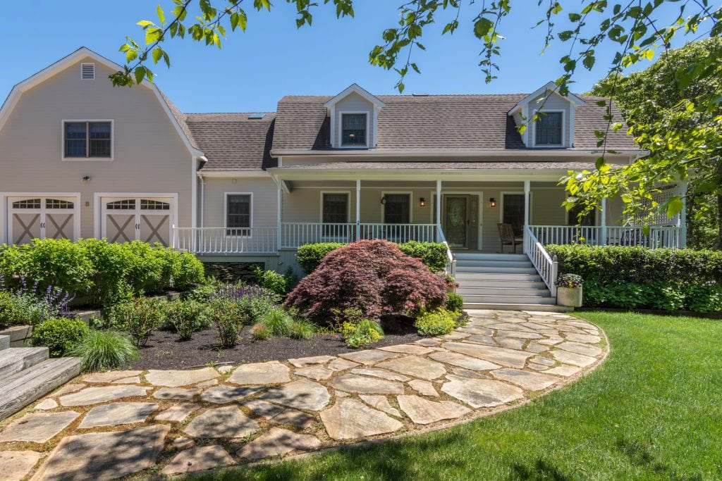 Martha's Vineyard Vacation Rentals Oak Bluffs Modern Luxury Living Point B Realty Exclusive Rental Listing