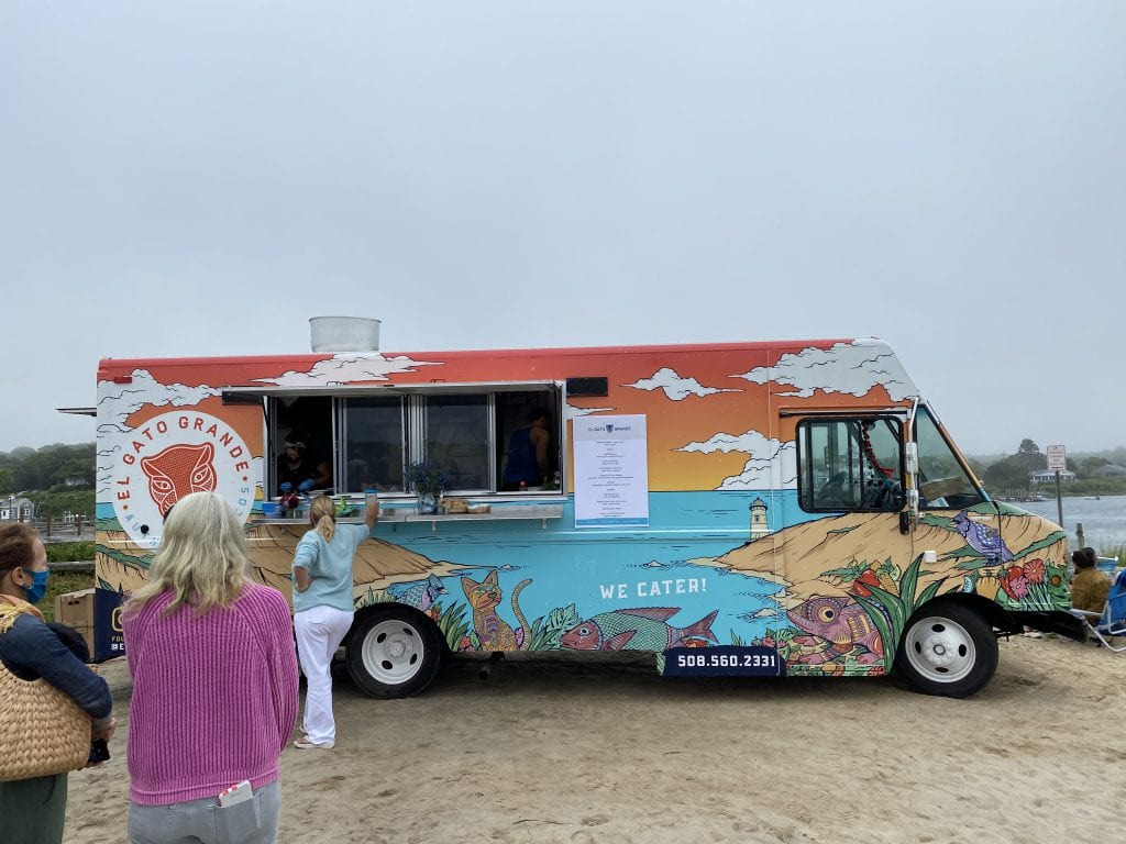 We Love MV: El Gato Grande Food Truck On Martha's Vineyard - One Cool Cat In Vineyard Haven