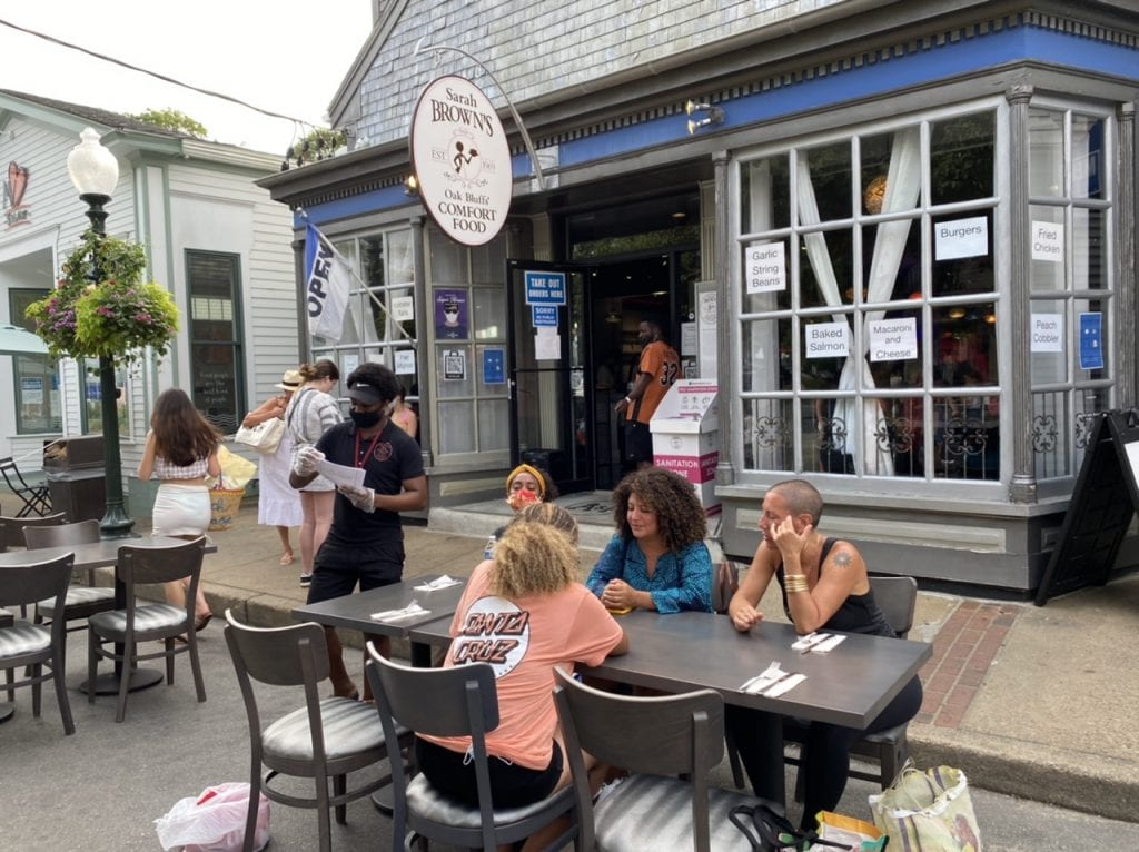 WE LOVE MV: MV Masquerade Outdoor Dining And Shopping - Restaurant Options Sarah Brown's Opens In Oak Bluffs