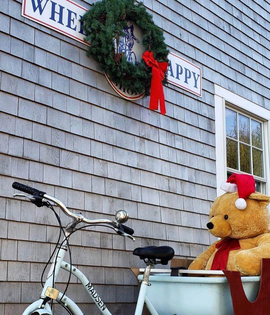 Martha's Vineyard Teddy Bear Suite Teddies Around Town Christmas in Edgartown Maratha's Vineyard Boys &  Girls Club