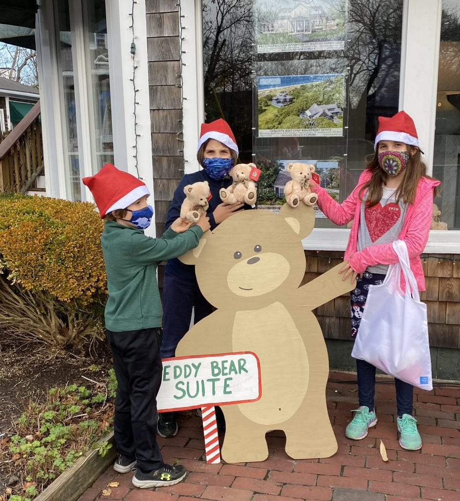 Enjoying The Fun & Discovery Of Teddies Around Town Martha's Vineyard Teddy Bear Suite Fundriaser Donate Now!