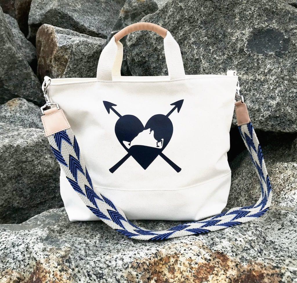 Bug & Rabbit | Wash-ashore Vineyard Tote SHOP LOCAL MV This Holiday Season - $150 & Under