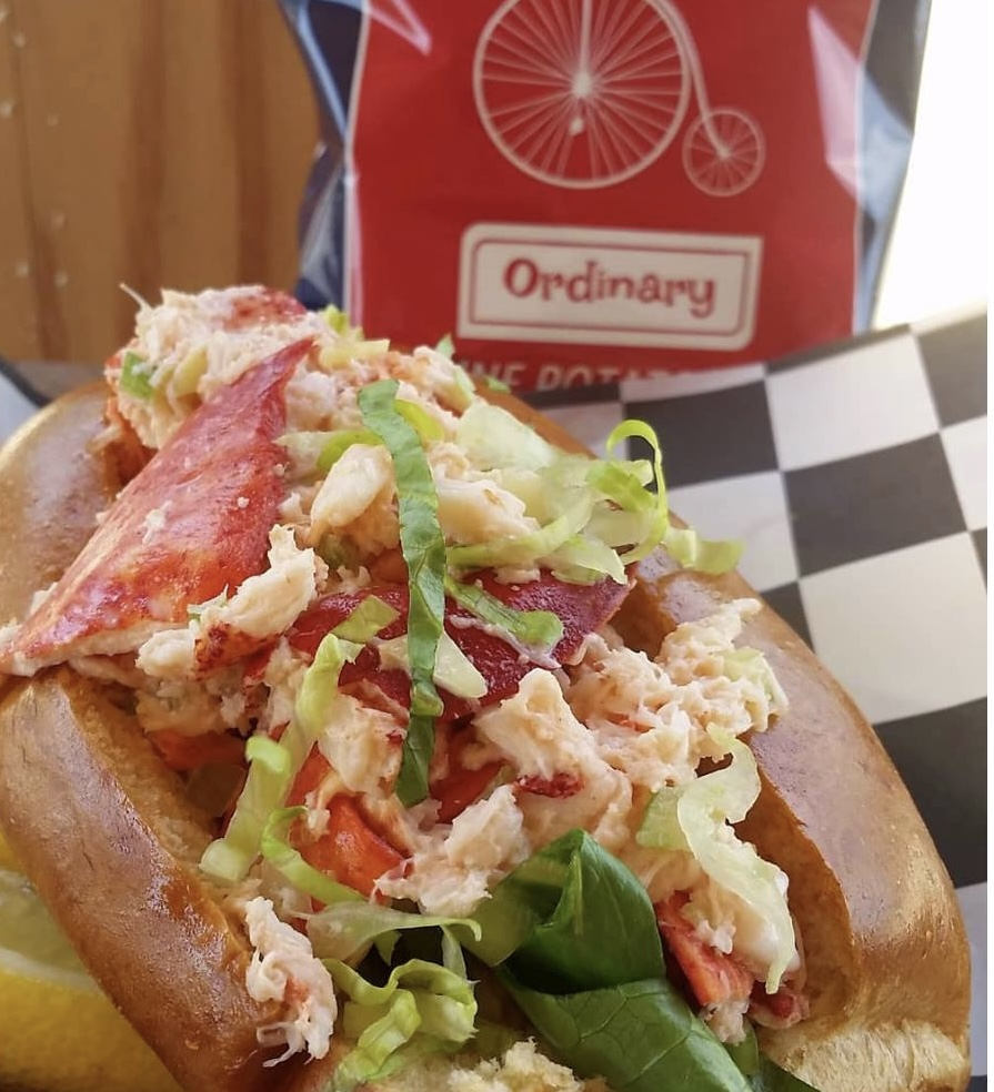 WE LOVE MV: Point B Realty Picks For Best Of The Vineyard - Food & Dining Best Of The Vineyard Best Lobster Roll on Martha's Vineyard