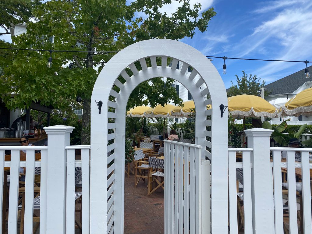 This Summer's Chicest Edgartown Dining Spot Is The Pelican Club the newest restaurant on Martha's Vineyard Kelley House Visit Edgartown Edgartown Martha's Vineyard Where to eat on Martha's Vineyard  Point B Realty
