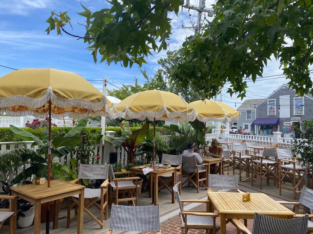 Outdoor Dining Pelican Club Kelley House Visit Edgartown Edgartown Martha's Vineyard Where to eat on Martha's Vineyard  Point B Realty