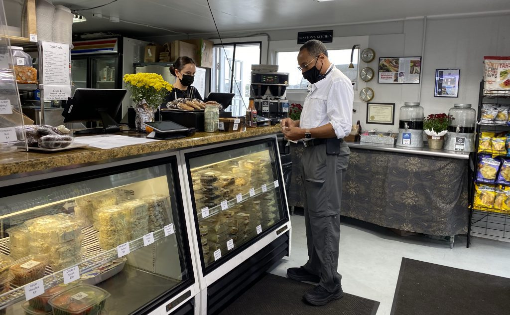 Winstons Kitchen Oak Bluffs  Eat Local Year Round restaurant  Takeaway  New for 2021